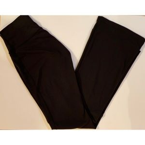 lululemon High-Rise Yoga Pant in Black, Size 8